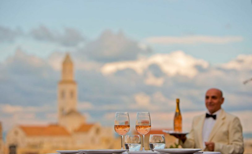 The excellence of Made in Puglia catering makes a triumphant comeback to the Murat Terrace