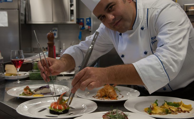Il nostro piatto abbinato a un'opera lirica o teatrale. Ogni giovedì Chef Paradiso accompagnerà il giovedì televisivo in prime time