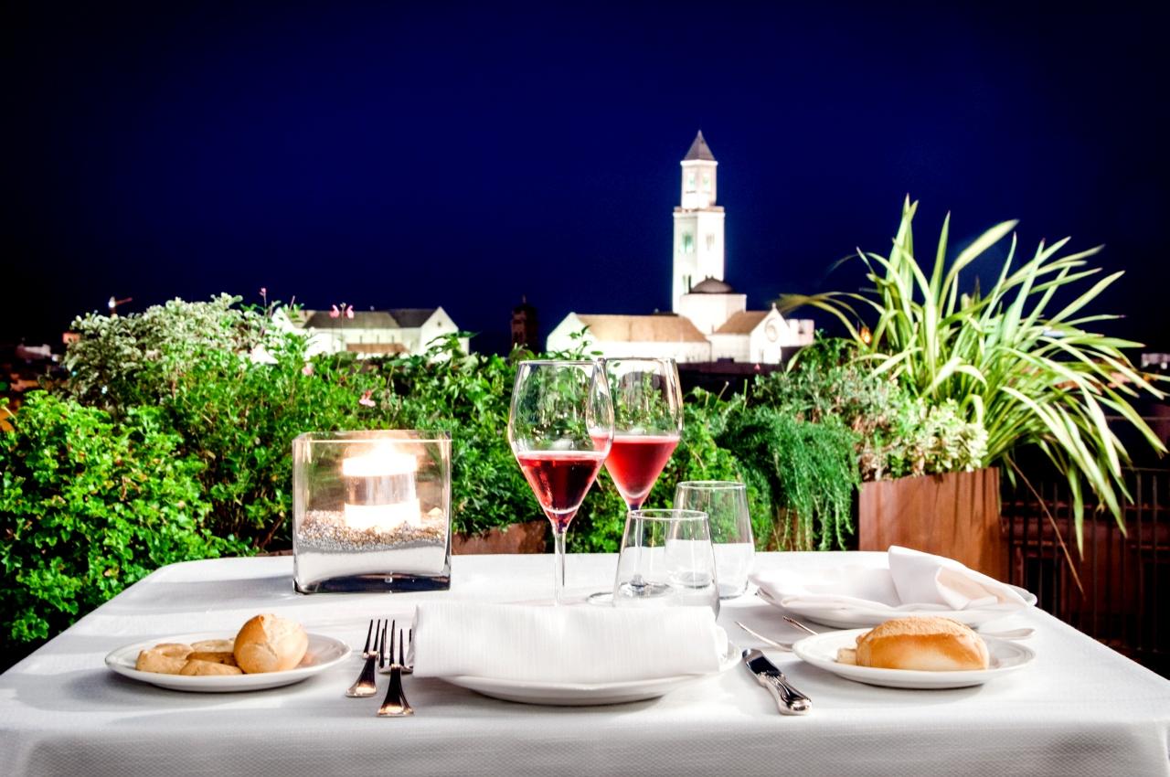 www.ristoranteterrazzamurat.it